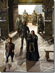 Tyrion a Catelyn Stark předvedeni Vardisem Eganem do audienční haly Orlího hnízda.